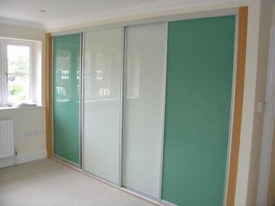 High Gloss Sliding Doors