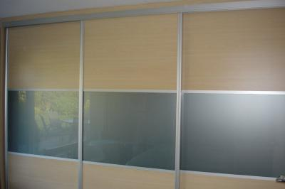 Sliding Doors wih Coloured Glass